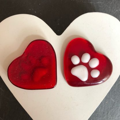 Red paw print heart pebble